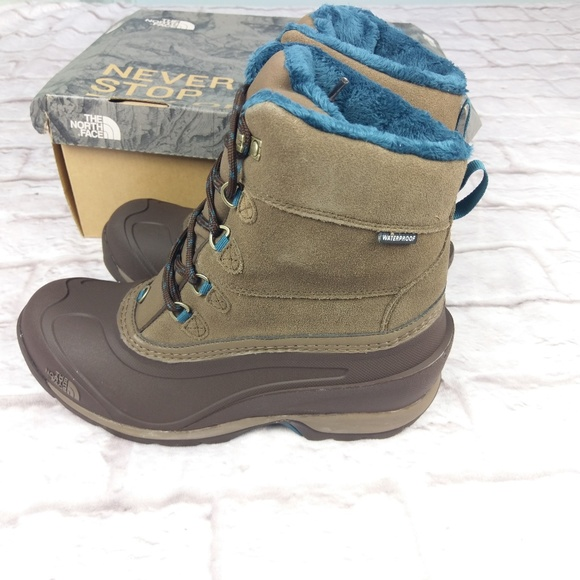 50f9efc89 The North Face Chilkat III 9 boots snow winter NWT